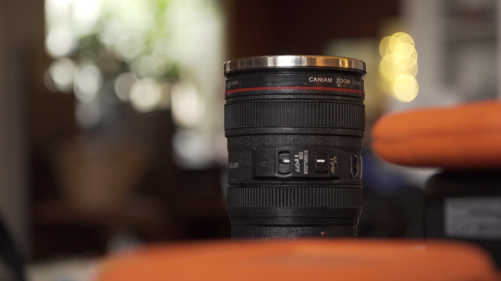 Canon EFS 17-55mm f/2.8 @ 2.8