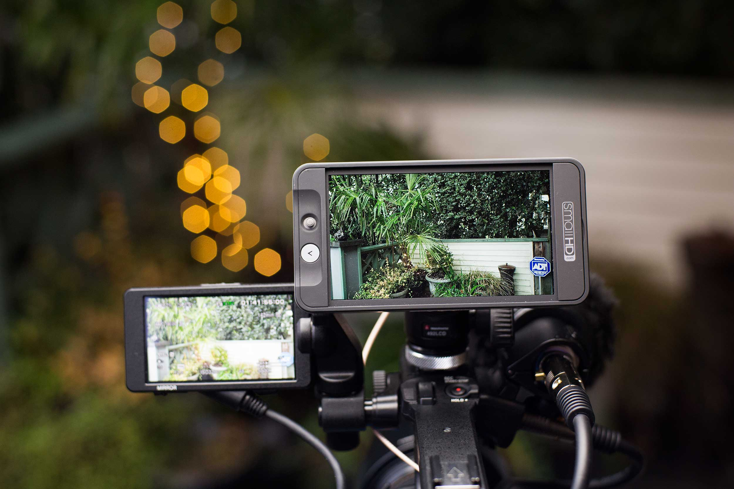 Why the SmallHD 502 crushes Sony FS5's built-in LCD - Dan McComb