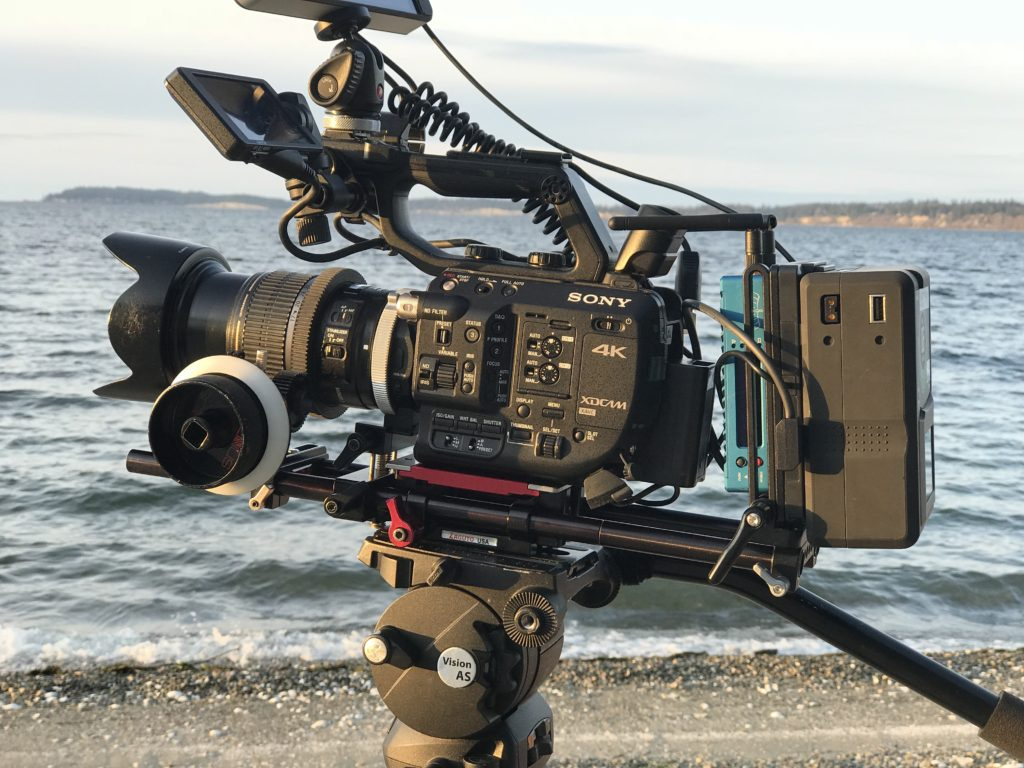 Sony FS5 with Vmount battery and most importantly, its internal battery on deck